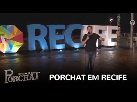 """Porchat tira duas pessoas da cama no """"Checando o Canal"""" em Recife"""