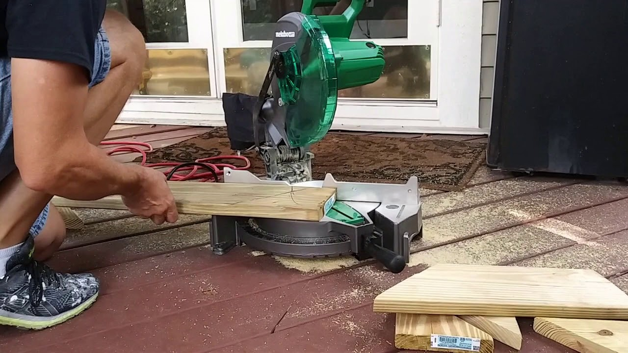 Repairing damaged boards on your deck