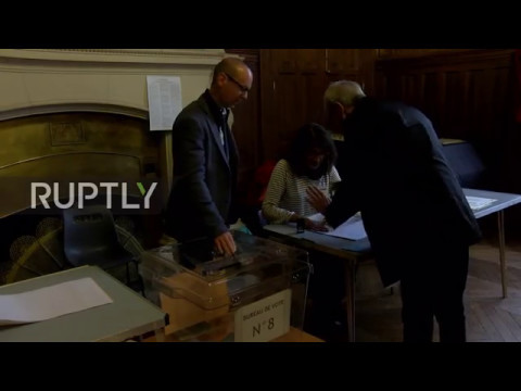 France: Paris goes to the polls in final round of presidential election