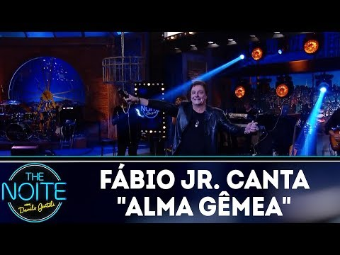 "Fábio Jr canta ""Alma Gêmea"" | The Noite (12/03/18)"