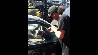 How to open a Honda car without keys or mess (works on most cars)