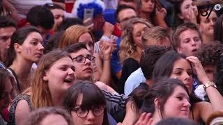 France-Belgique à Tours. L'ambiance avec les supporters des Bleus.