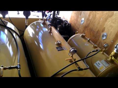 Mobile Oil Change Truck 1