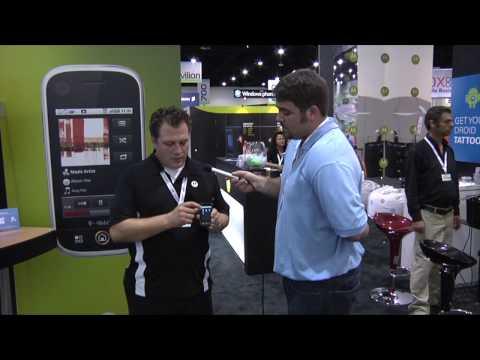 Motorola Cliq Review at CTIA 2009