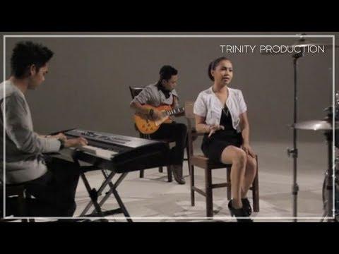 Cover Lagu Caramel - Jauh | Official Video Clip HITSLAGU
