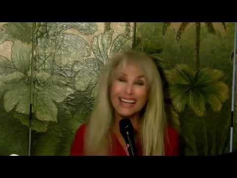 Muscle Bustle - Donna Loren (Unplugged 2015)