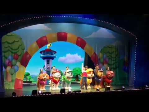 Paw Patrol Show Live Introductions!