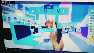 Rutina en royal high!/roblox|lau'nicorn