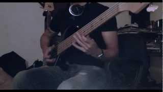 Los Tetas - La Medicina (Bass Line)
