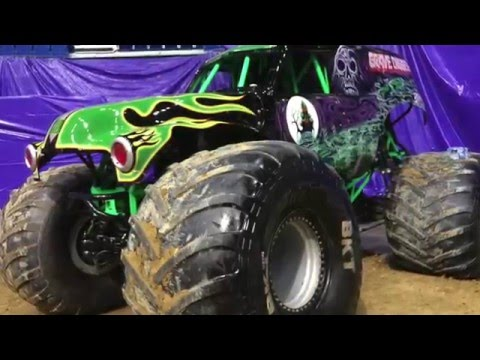 Monster Jam Puerto Rico - Pit Party and Competition Highlights