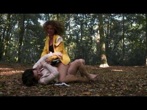 Tamar en Selly in catfight - DIVORCE thumbnail