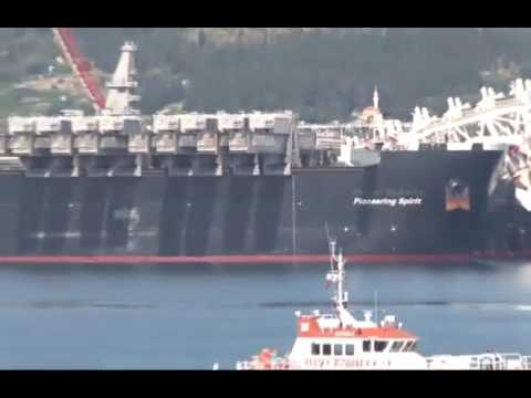 Gigant ship Pioneering Spirit in istanbul going to russia