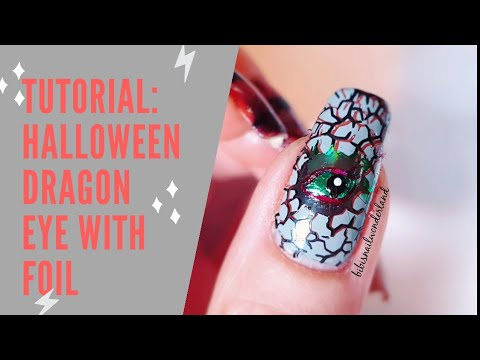 Nail tutorial: Halloween dragon eye made with foil thumbnail