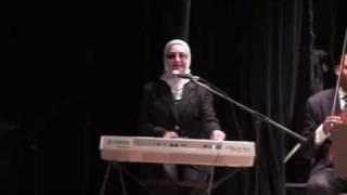 باحلم ببلاد بعيده - نهى علاء الدين - كورال قصر التذوق