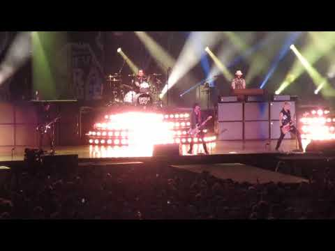 Green Day - Armatage Shanks @ The Rose Bowl