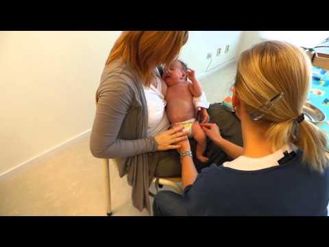 Baby Saar's eerste prikken... DKTP en pneu (sneu...) - 8 wk