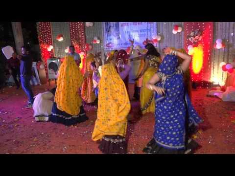 जोरदार डांस। Meena women dance।meenawati geet 2017