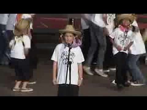 Monta Loma Chorus: Clap Yo Hands