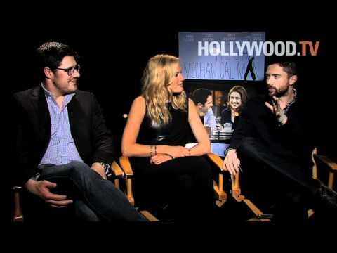 Malin Akerman, Topher Grace and Rich Sommer talk about The Giant Mechanical Man
