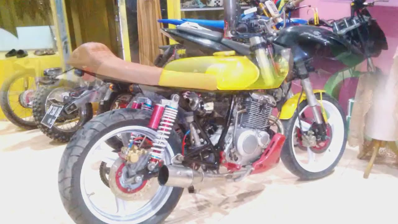 Modifikasi Suzuki Thunder 125 Cafe Racer