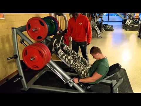 350kg / 771 lbs leg press RAW