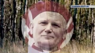 Hoy en el mundo: a 96 años del nacimiento de Juan Pablo II, el Papa amigo