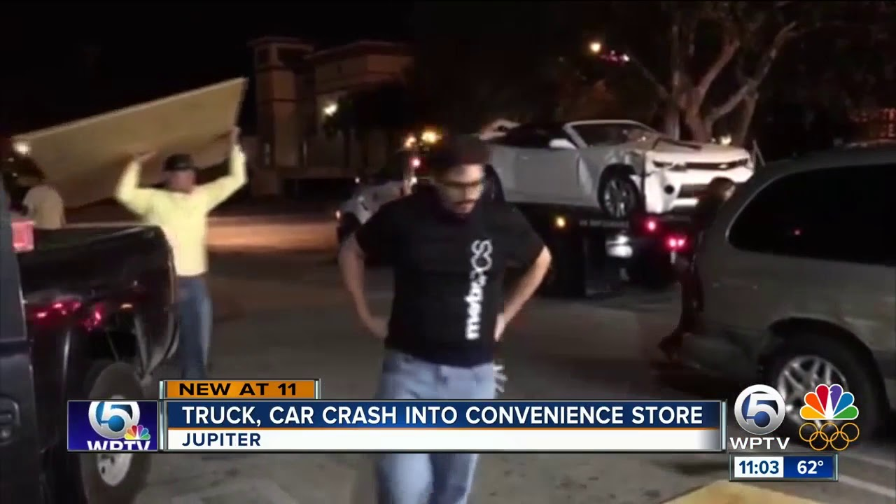 Truck Crashes Into Country Corner Convenience Store In Jupiter Youtube
