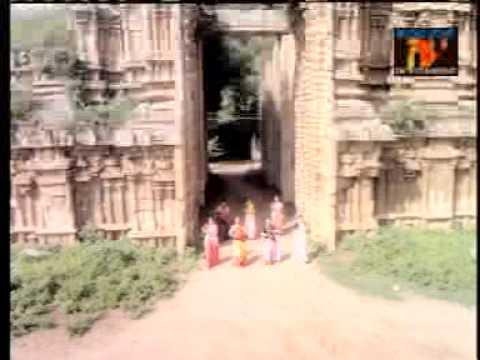 Vanna Vizhi-Aadi Velli
