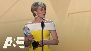 Carrie Coon Wins Best Actress in a Drama Series | 2016 Critics' Choice Awards | A&E