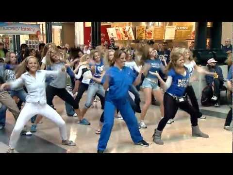 Indianapolis Colts Cheerleaders Party Rock Anthem