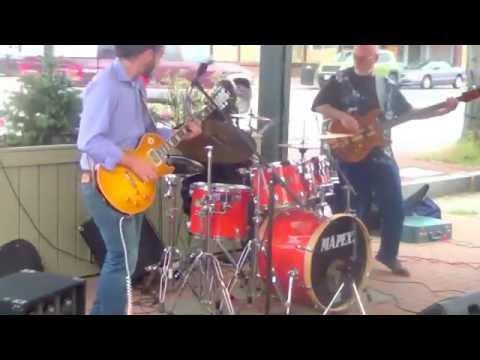 BooBoo Groove At Sabatino