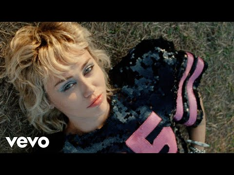 Miley Cyrus ha lanzado el vídeo oficial de Angels Like You