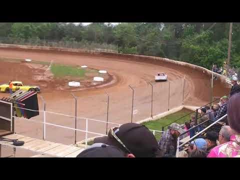 Lake Cumberland Speedway grassroots hobby stock hot laps 5/5/19
