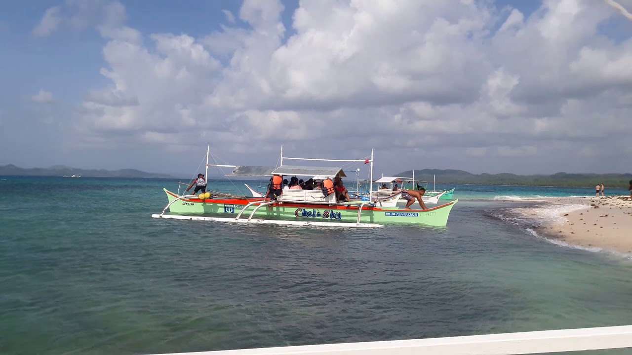 Must-See Places When You Go Island Hopping in Siargao