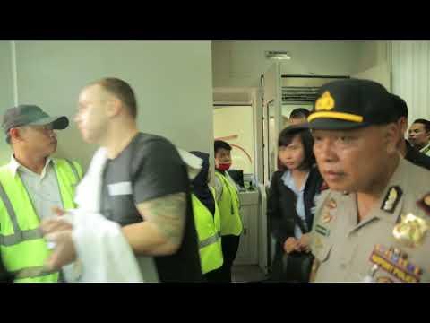 PROFIL DIVHUBINTER POLRI 2017 VERSI INDONESIA (INTERPOL INDONESIA)