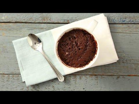 gâteau-au-chocolat-dans-une-tasse