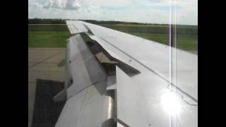 Westjet 737-700 Landing in Edmonton International Airport YEG