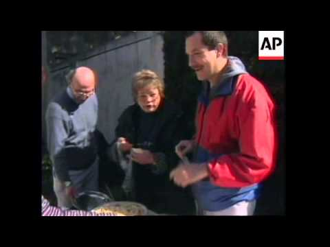 ARGENTINA: OLD TRADITION OF BARTERING REVIVED