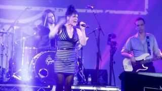 Beth Hart - Might As Well Smile