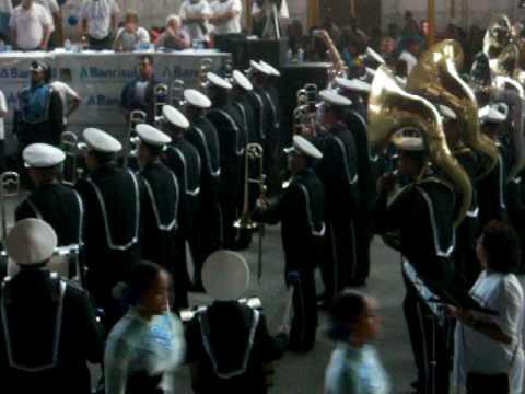 Banda Marcial Getúlio Vargas - Entrada