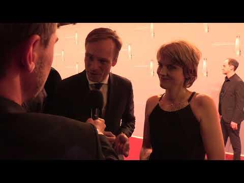 Deutscher Fernsehpreis 2018: Interviews vom Roten Teppich