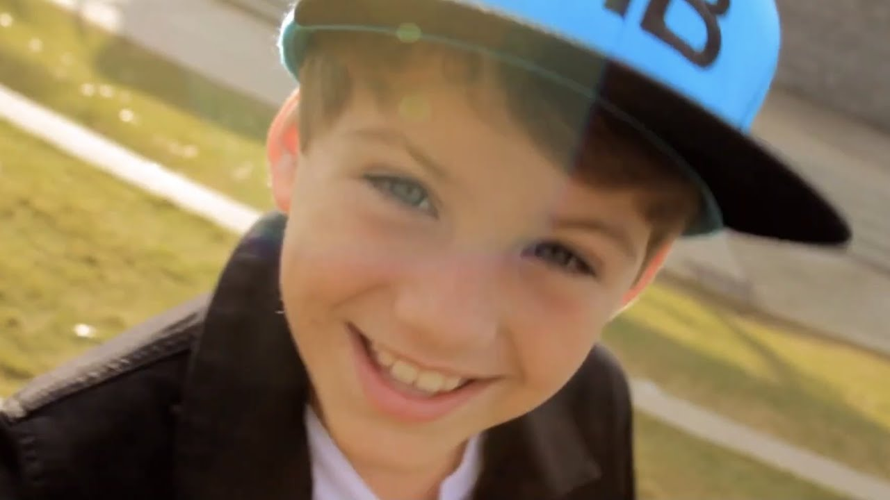 Download Gym Class Heroes - Stereo Hearts (MattyBRaps Cover ft Skylar Stecker)