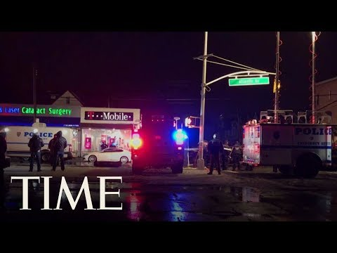 2 NYPD Officers Were Shot During An Apparent Armed Robbery In Queens, Police Say | TIME Mp3