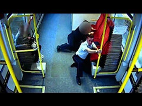 Машинист спас пассажиров за секунды до столкновения поезда с фурой