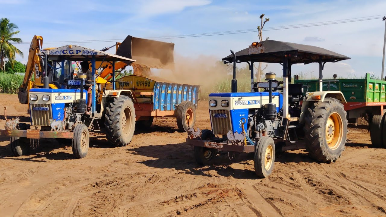 Swaraj 744 FE tractor Pulling Full Loaded Trolley of Lake Soil Pulling | Swaraj tractor power | #CFV