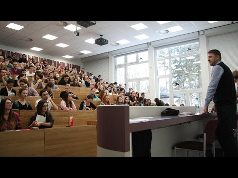 Petr Mach besedoval se studenty v Praze