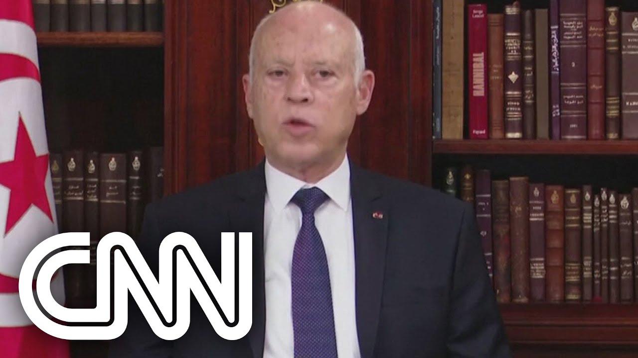 Download Presidente da Tunísia demite governo e congela parlamento | LIVE CNN