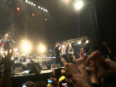 Die Toten Hosen - Uno, Dos Ultraviolento (Los Violadores) (15/9/2012 - Argentina)