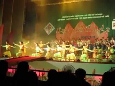 Ca múa - Hồn Thiêng Đất Việt - Khoa KT-QTKD - Hội diễn ĐHCT 2013