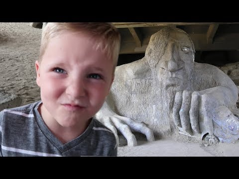 Facing The Fremont Troll!